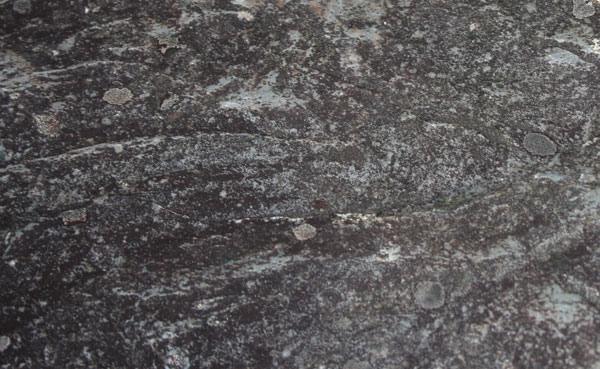 The imprint of eddies in the Silurian rock